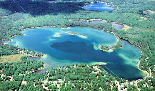 Clear Lake  -  271 Acres up to 50' Deep, Sandy Shorline and Great Fishing!