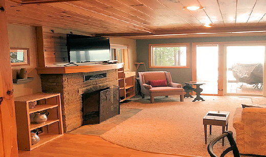 Two Story Lake Front Home Cabin Eleven  Living Area